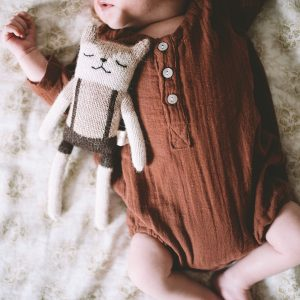 Main Sauvage  - FAWN KNIT TOY WITH OVERALLS - Toys